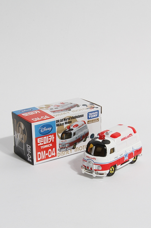 TOMICA Worm'n Ambulance Mickey Mouse DM-04